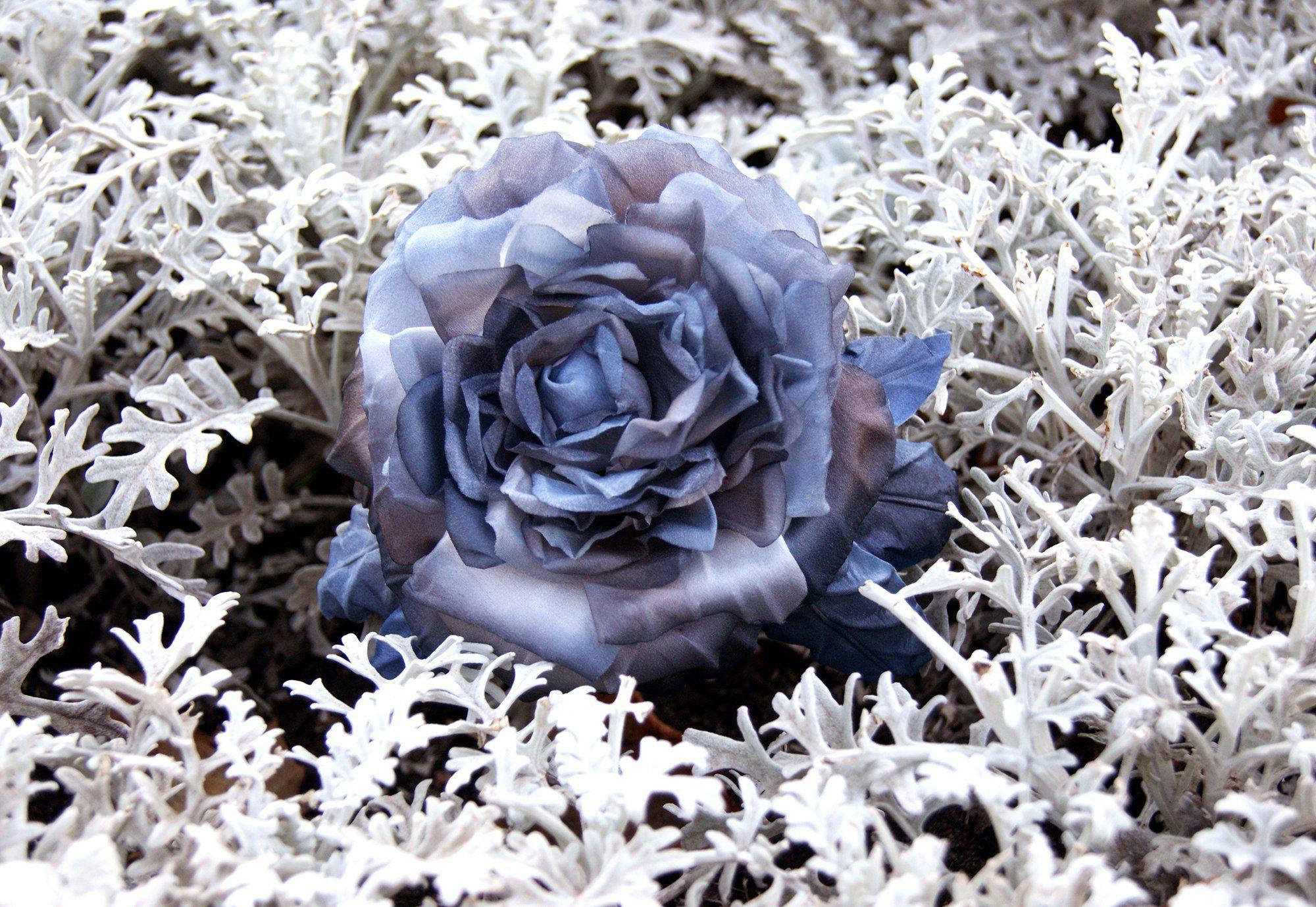 заколка брошь розаизшелка заколкаизшелка. брошьизшелка цветыизшелка украшенияизшелка цветочноеукрашение
